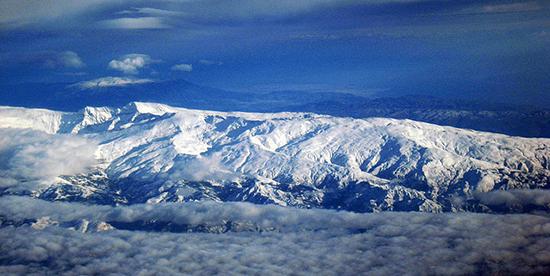 Die Sierra Nevada: der Luxus, direkt neben dem Meer Ski zu fahren