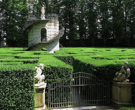 Das Vergnügen, sich in den verborgensten labyrinthischen Gärten des Planeten zu verlieren.